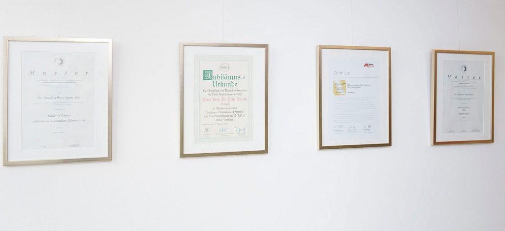Zertifizierungen Implantologe Dr. Simon